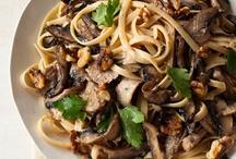 cook│pasta & noodles / by Julie