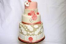 Cakes / by Maya Bassan