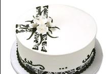 Cakes - Elegant / by Maya Bassan
