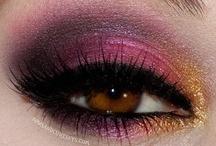 Make-Up / by Alexis Baich