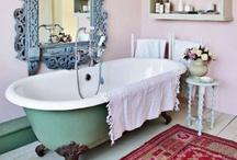 Vintage Bathrooms / by Mod Vintage Life {Nita Stacy}