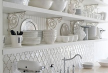 Kitchens / by Mod Vintage Life {Nita Stacy}