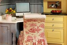 Desk for a French Country Kitchen / by Mary Anne H