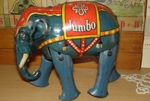 olifanten / by Jose Van Beem Lampie