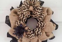 Crafts: Wreaths / wreaths and other door decor / by Alicia Thomas