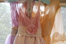 Romantic clothing / by Debbie Beukelman
