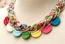 DIY Jewelry - Necklaces / by Bev {Flamingo Toes}