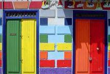 Doors, Windows & Exteriors / by Ellen Jones