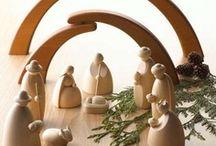 Navidad-Nacimientos-Belenes-Nativity / El nacimiento representa el nacimiento de Jesús.   / by Teresa Ruiz Garcia