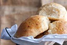 Bread / by Jessica (Portuguese Girl Cooks)
