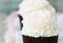 Cakes and Cupcakes / by Anna Marona