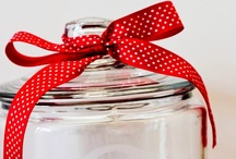 Gifts to Give / by Jenn Withers