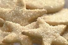 Christmas Cookies & Sweets / by Sarah Elizabeth