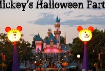 Halloweentime at Disneyland Resort / by Disney Sisters