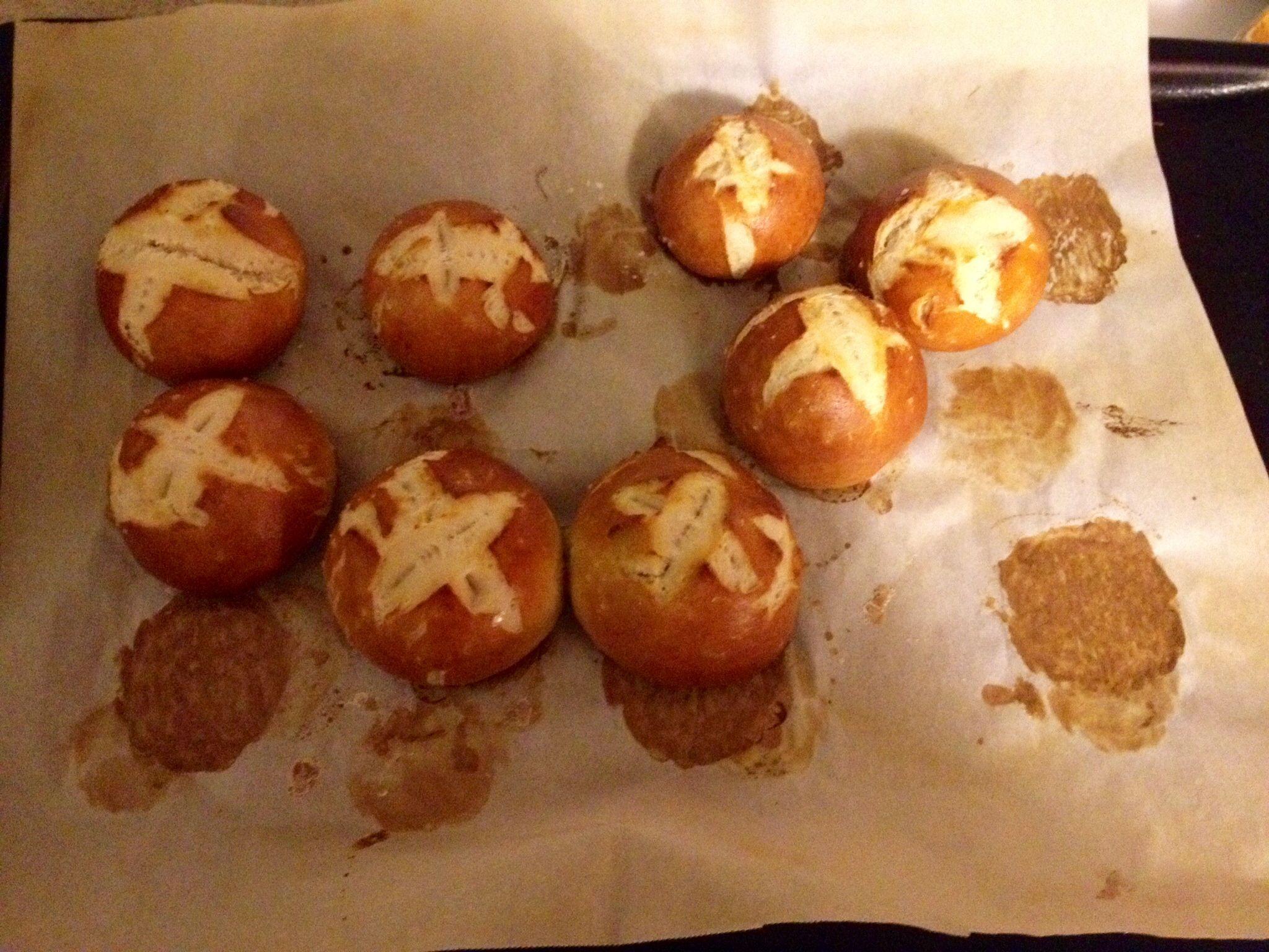 Homemade Pretzel Rolls | Stuff to Try | Pinterest