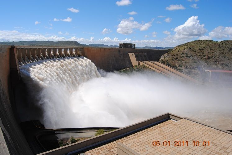 Gariep Dam South Africa  city images : Gariep Dam Overflow | Road trip through South Africa | Pinterest