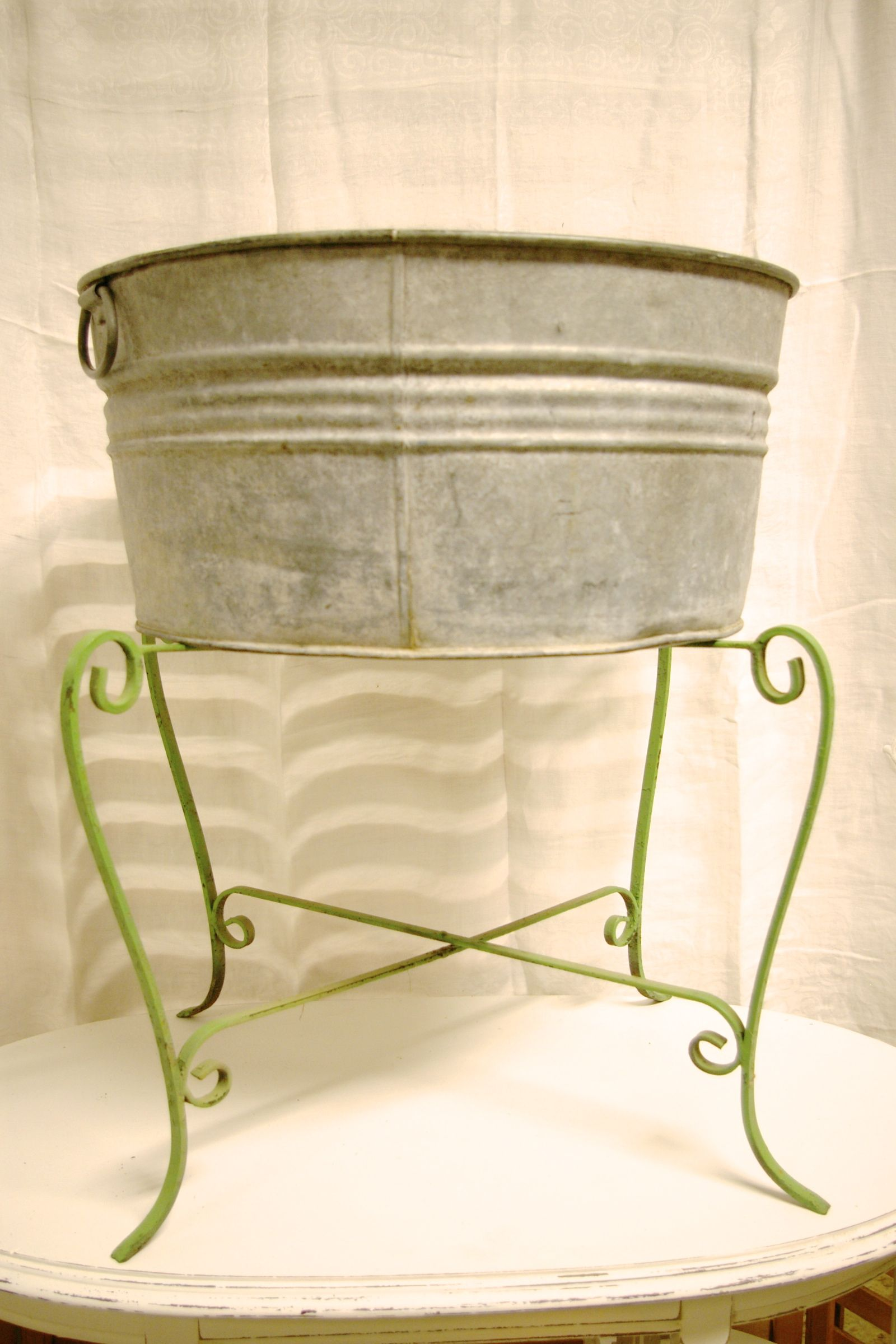 Wash Tub With Stand : Love the vintage metal wash tub stand. A Few Of Our Favorite Things ...