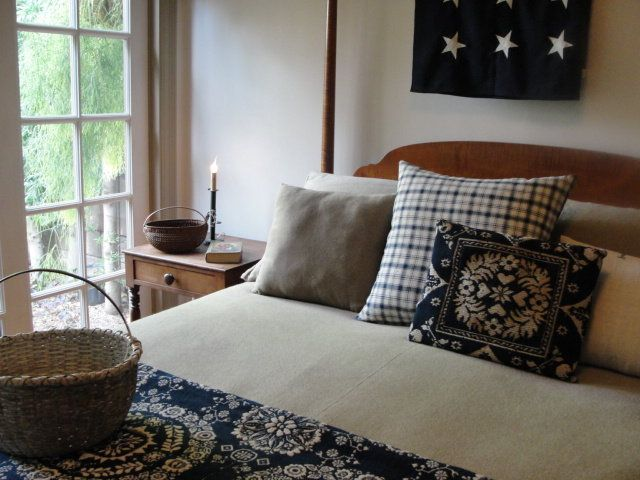 primitive bedroom coverlet pillow country primative colonial