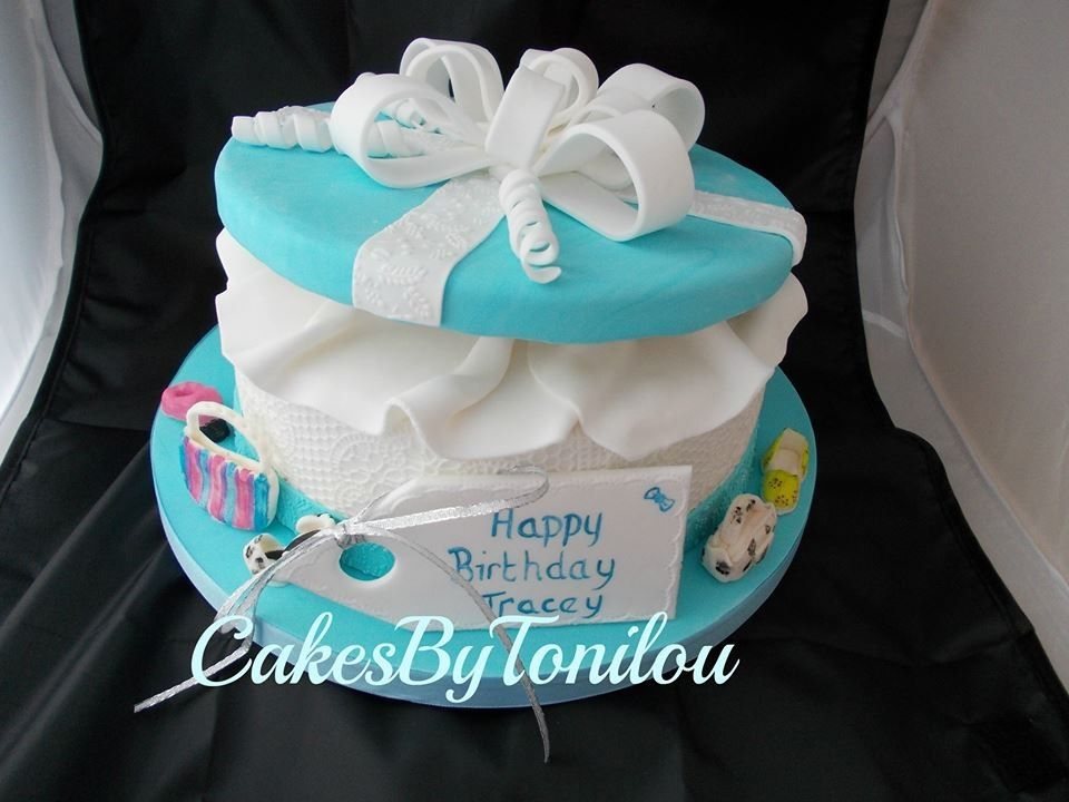 Gifts Boxes Cakes Ideas 17514 Gift Box Cake Ideas Pinterest