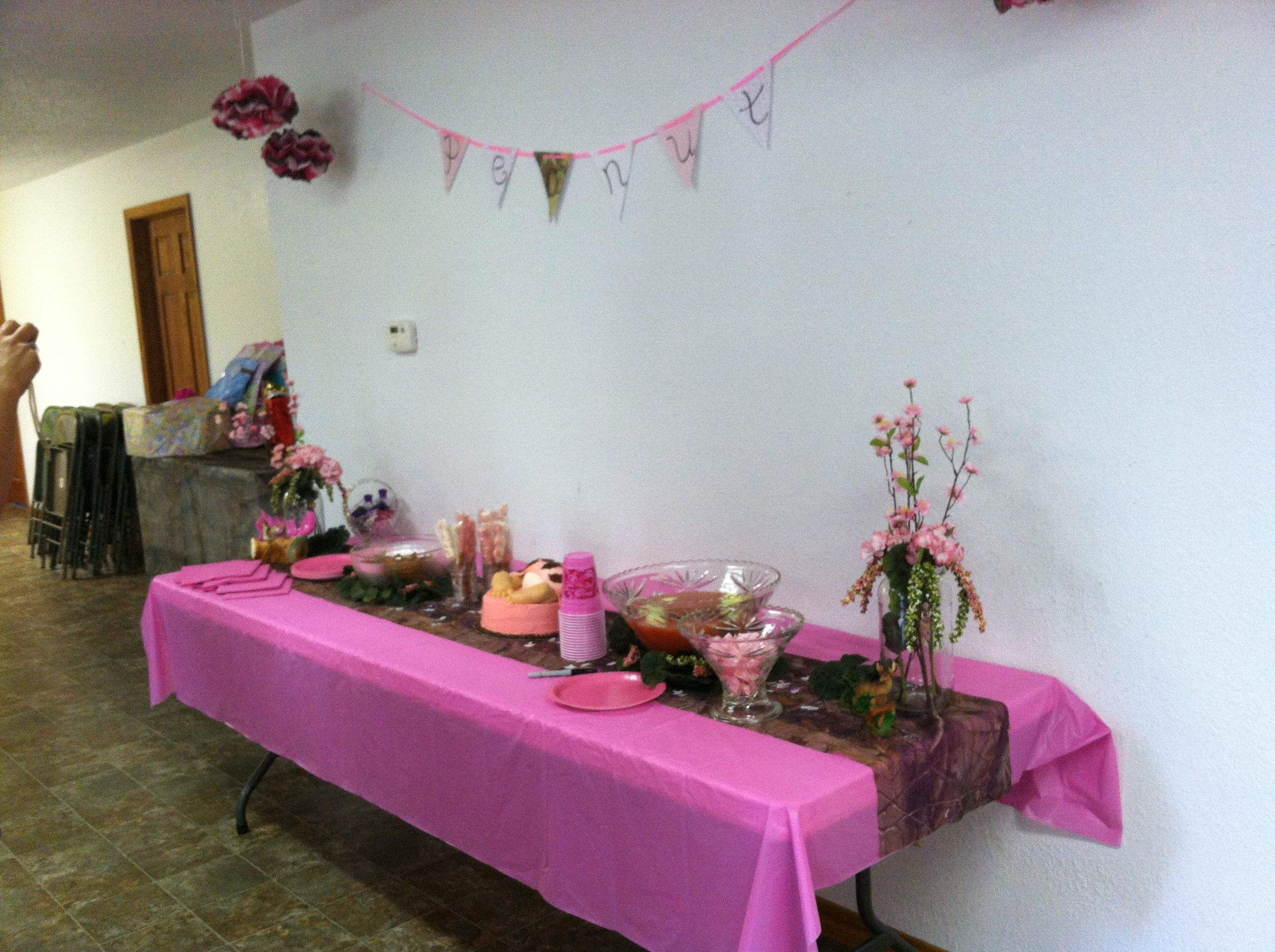 Pink camo baby shower baby shower ideas pinterest for Pink camo decorations