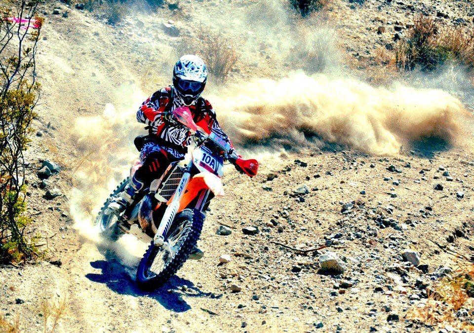 Dirt Tricks rider. | Dirt Bike Riding | Pinterest