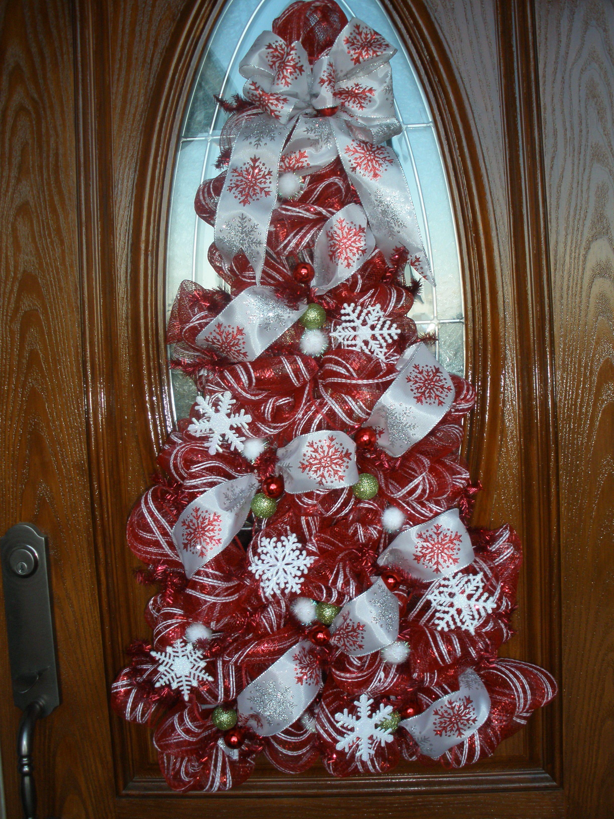 Front door wreath using deco mesh christmas pinterest for Front door xmas wreaths
