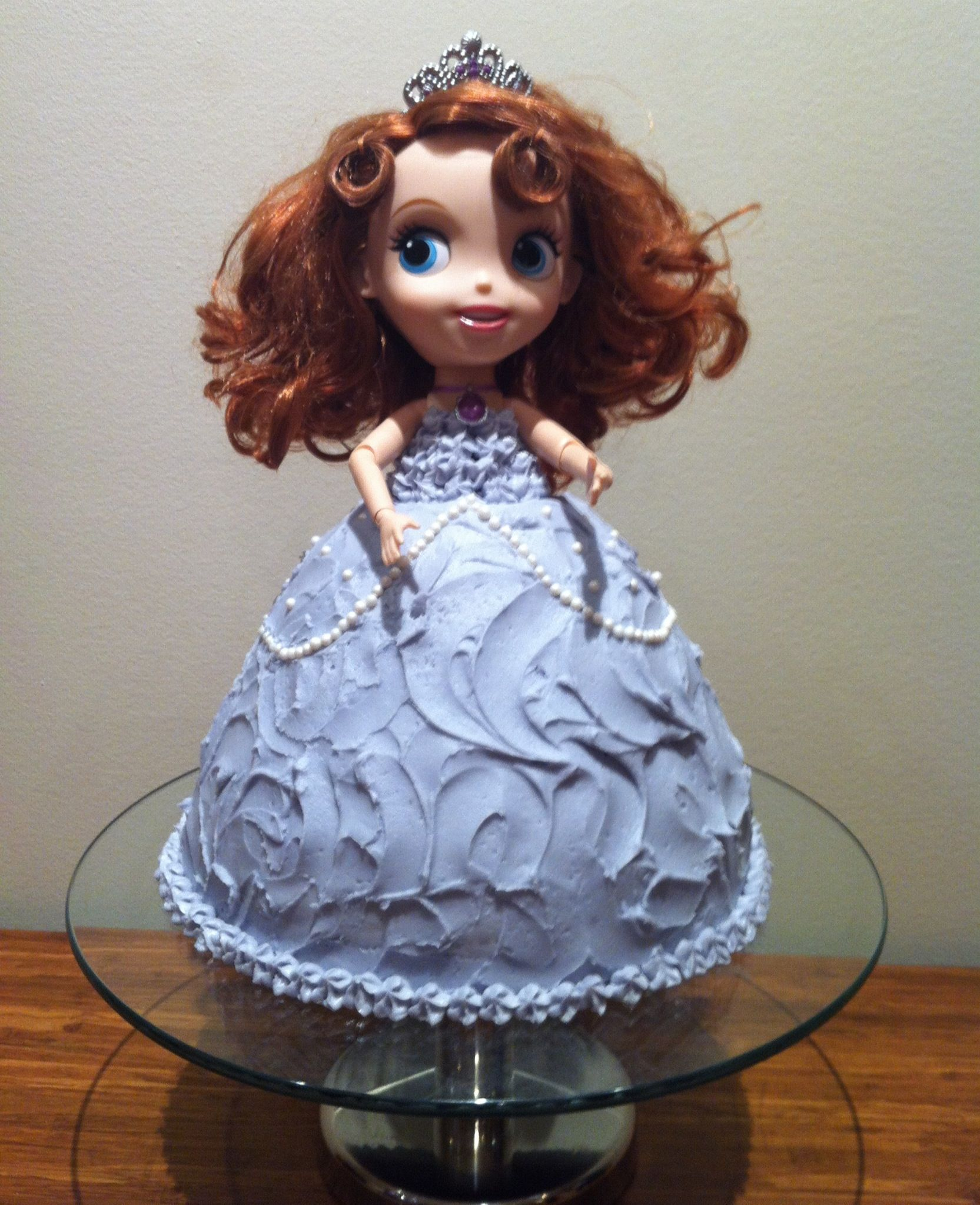 sofia the first doll cake