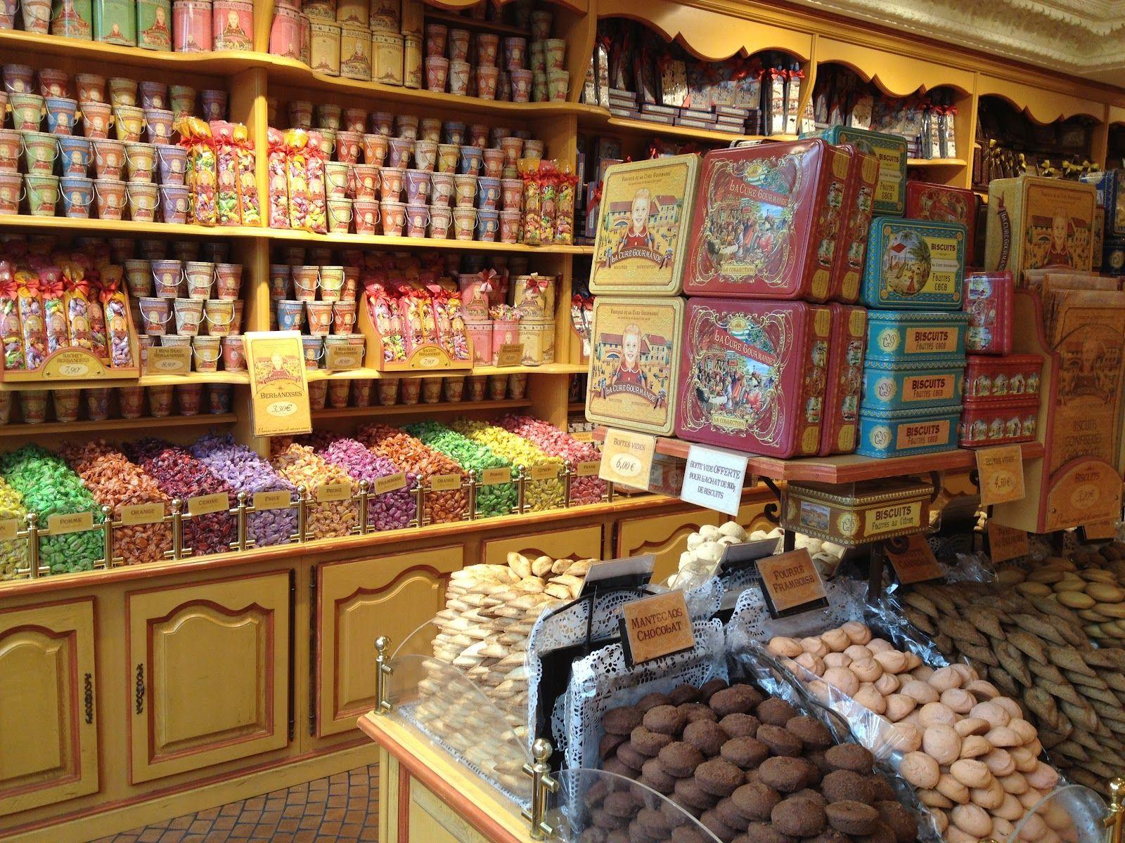 Paris.   Chocolate shops   Pinterest