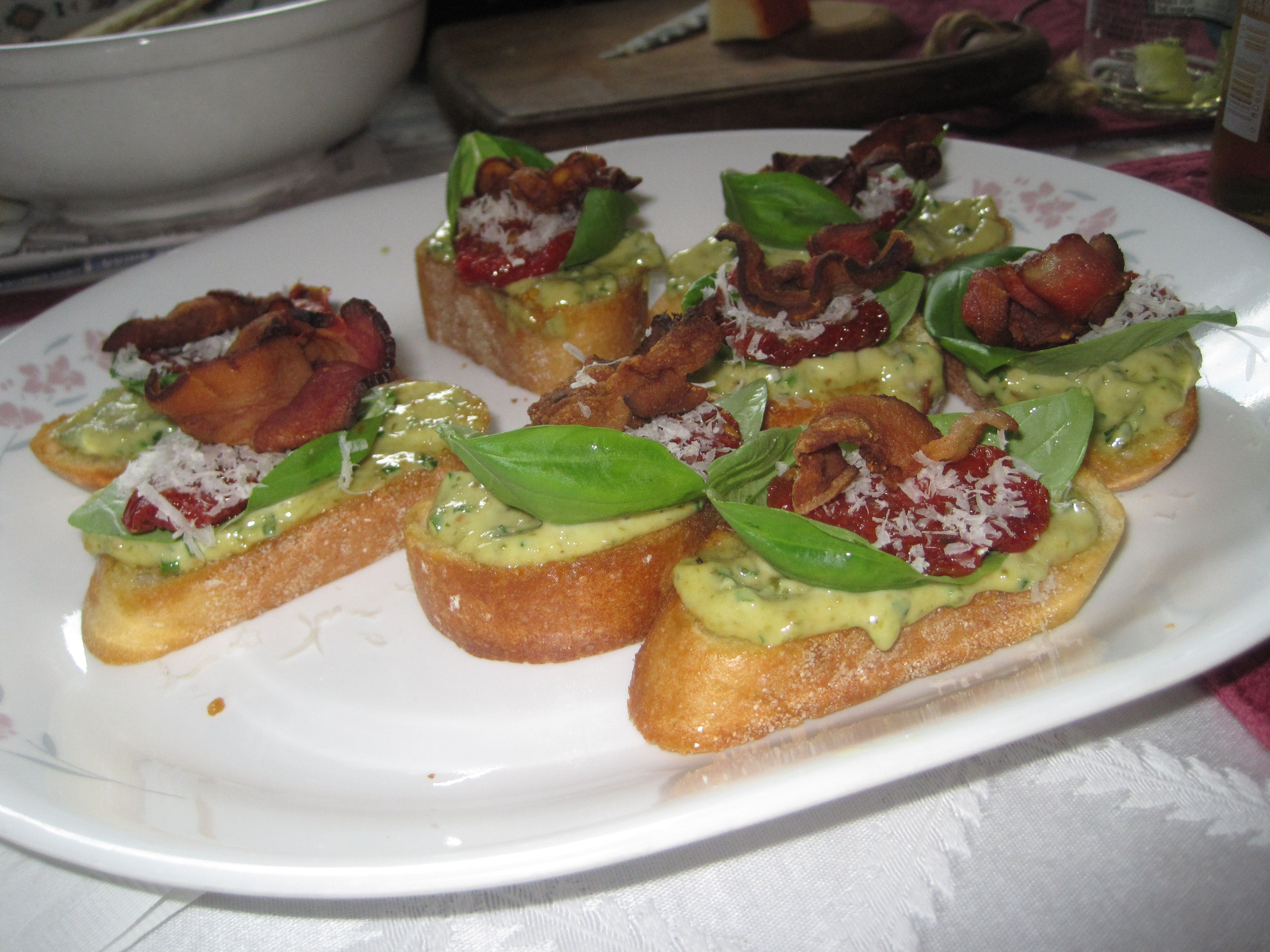 pesto sun dried tomatoes sun dried tomatoes i french bread pizza ...