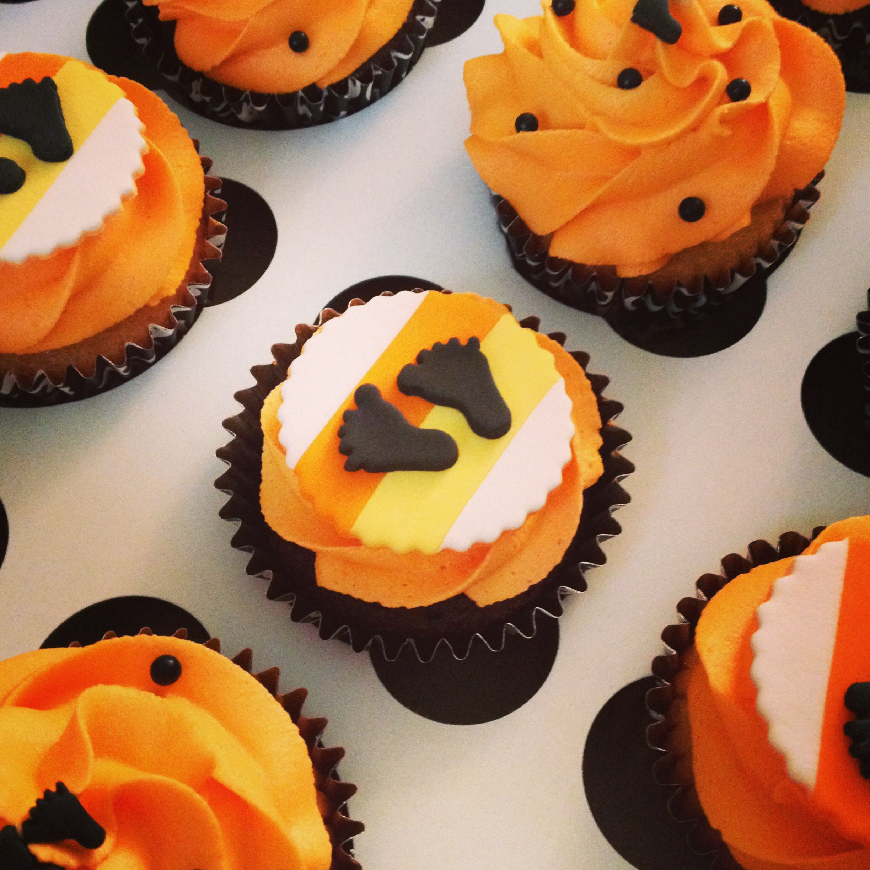 baby shower cupcakes halloween style halloween baby shower pin