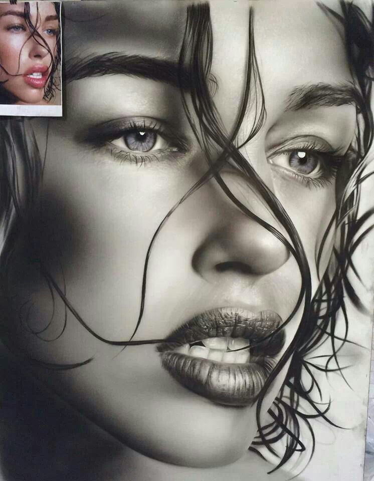 Urii elly arte pencil pinterest for Amazing drawings of girls