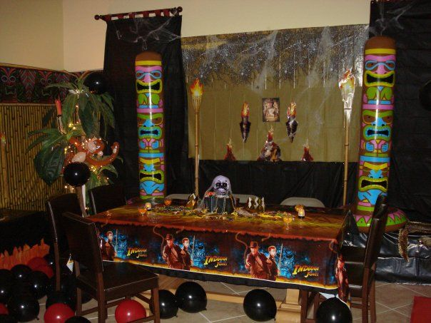 Indiana jones party decorations party theme indiana jones pinte - Indiana jones party decorations ...