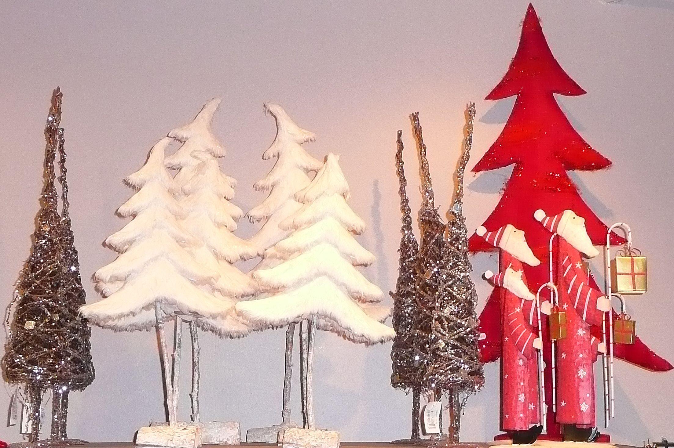 Arbres.  Noël - Christmas - Jadore Noël!  Pinterest