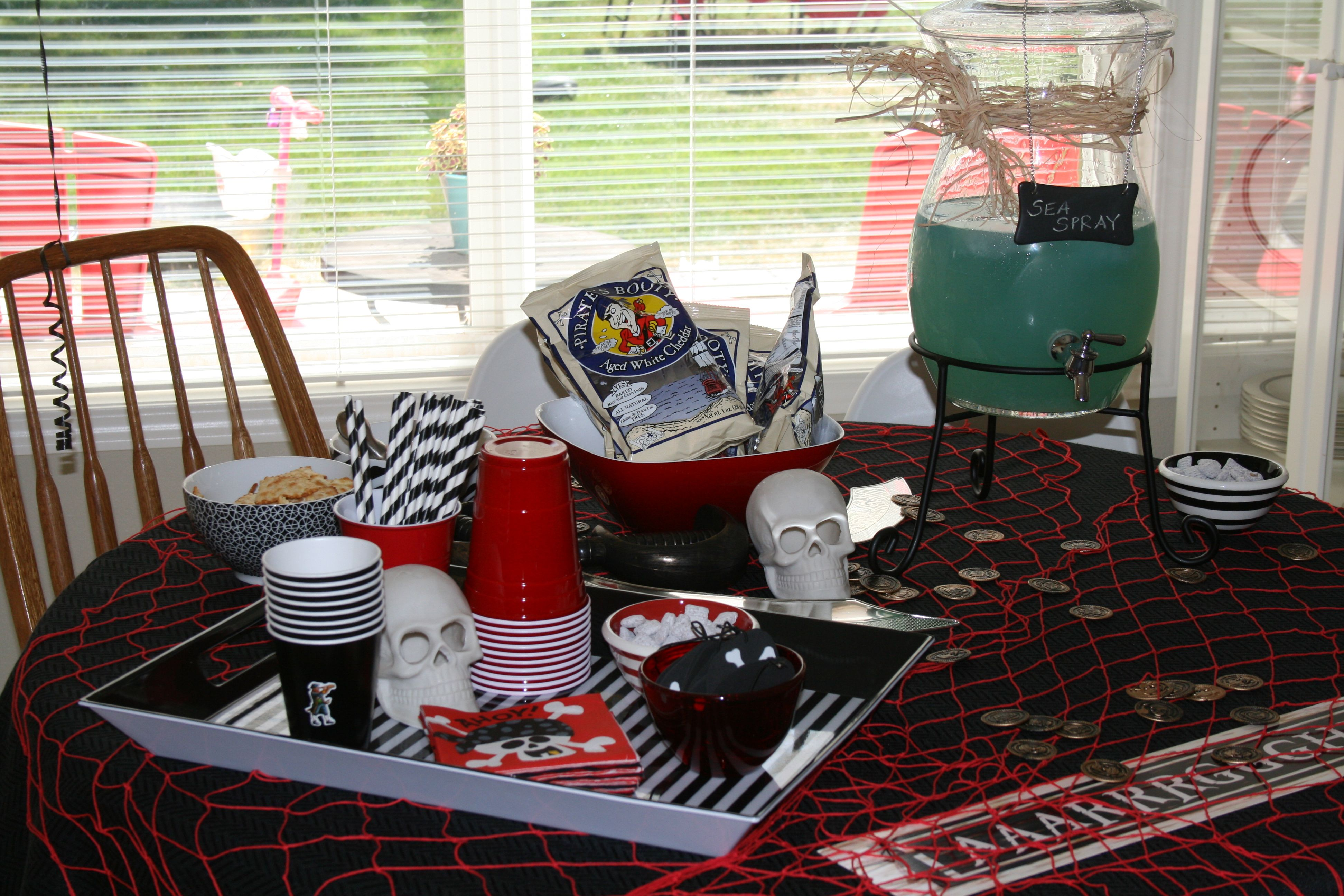 pirate party table decorations party ideas pinterest