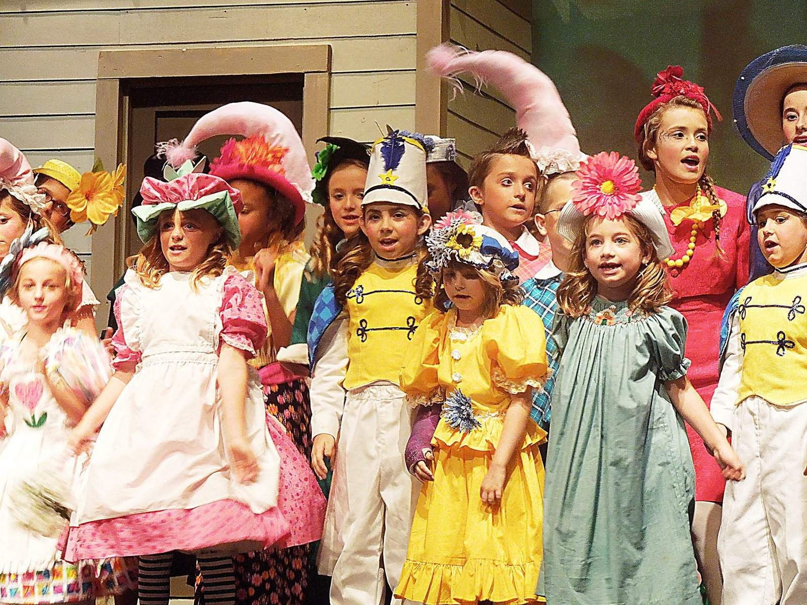google wizard of oz images munchkins