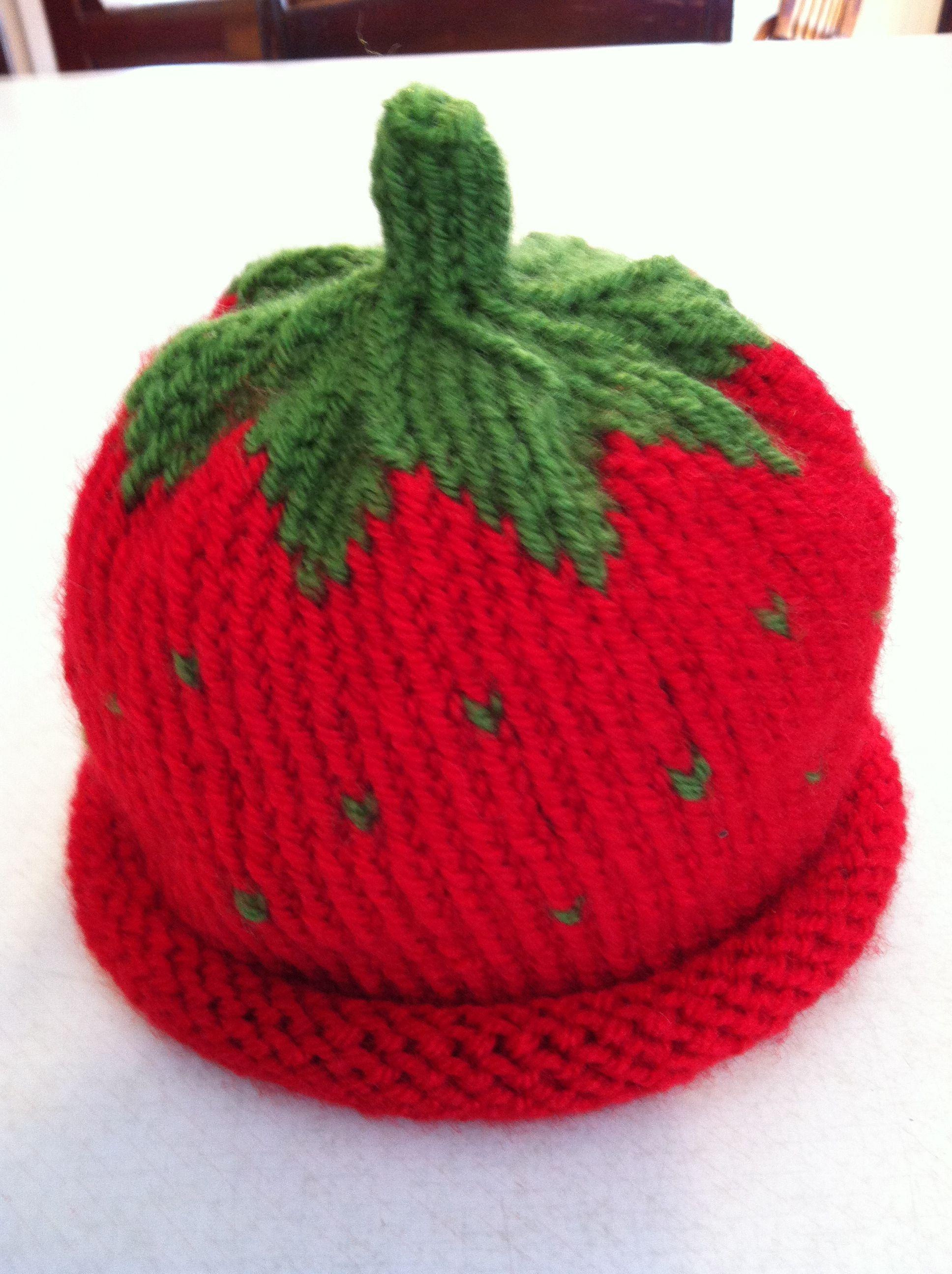 Knitting Pattern For Strawberry Hat : Strawberry Baby Hat Knit/crochet Pinterest