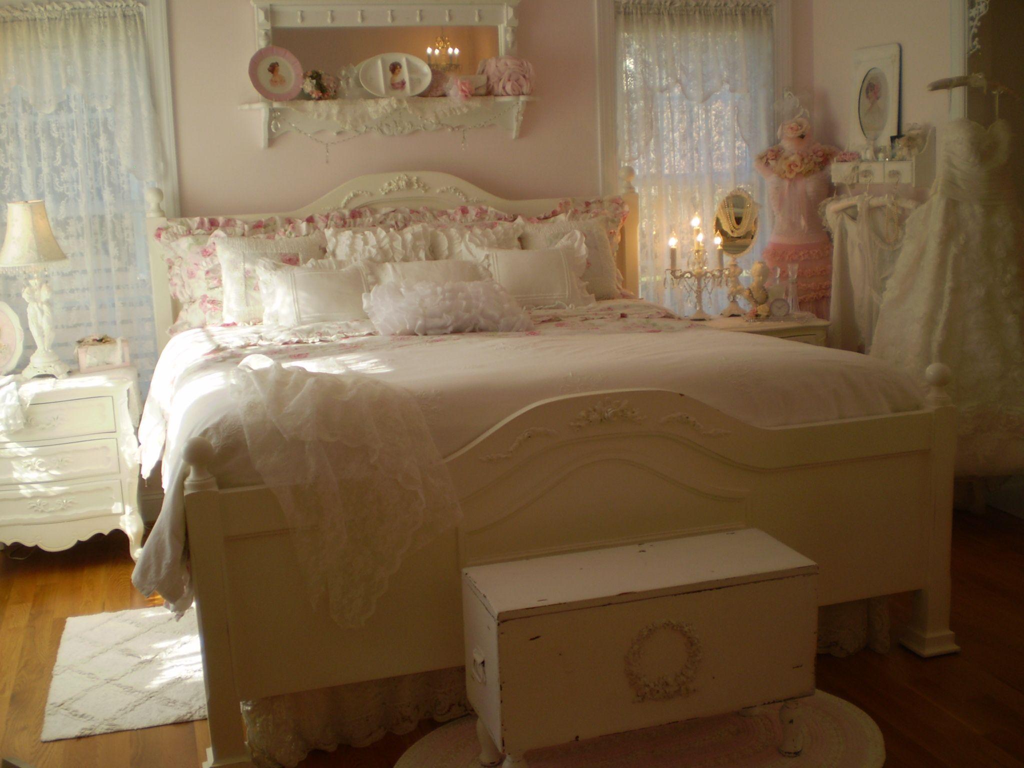 Romantic Vintage Bedroom Beatrice Banks Shabby Chic My Favorite