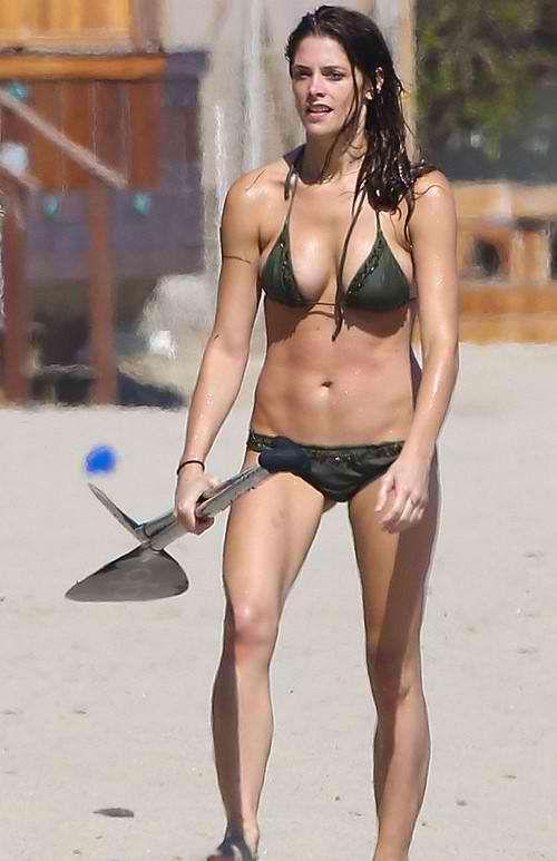 Kristen Stewart Bikini Pictures   Kristen stewart bikini ...