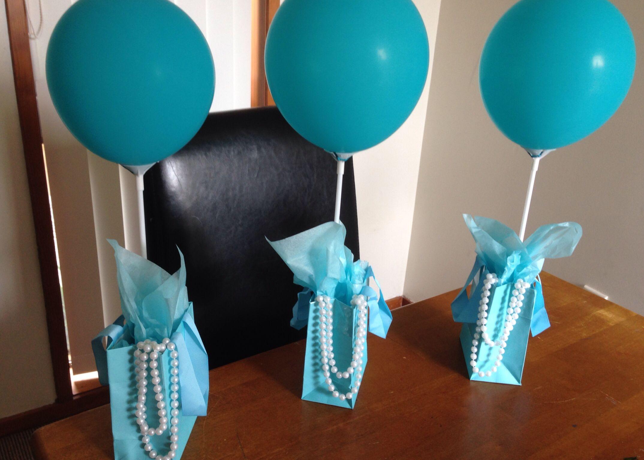 Gift bag table decorations unique pinterest for Bag decoration ideas