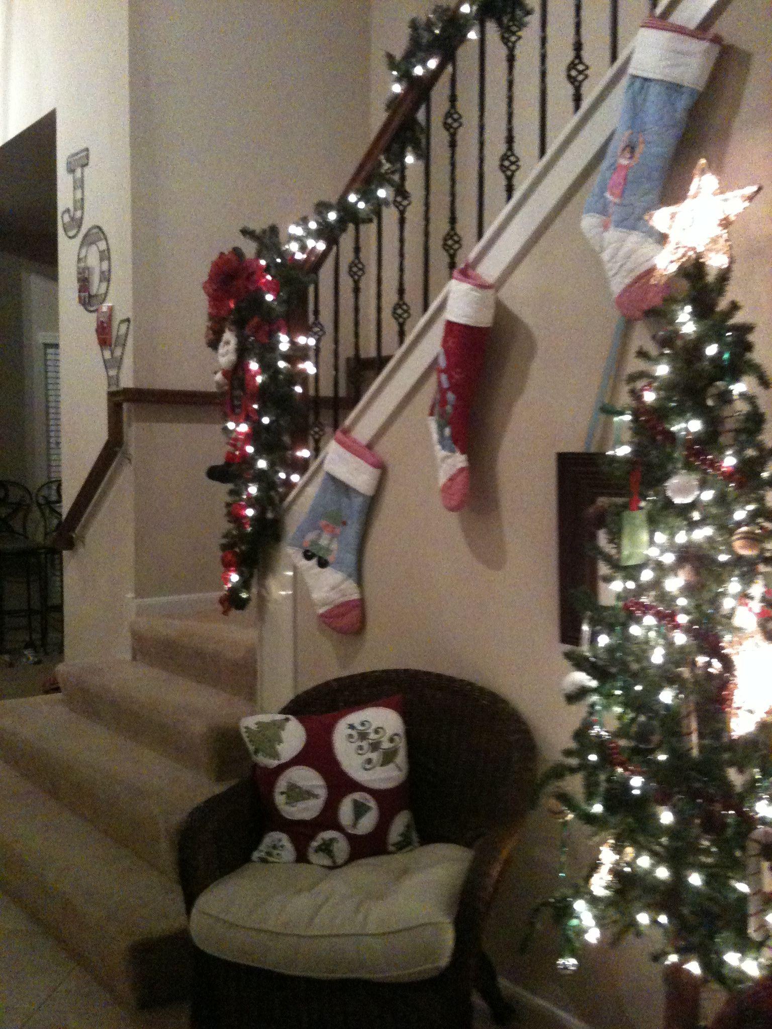Staircase Christmas Decor 2010 Holidays Pinterest