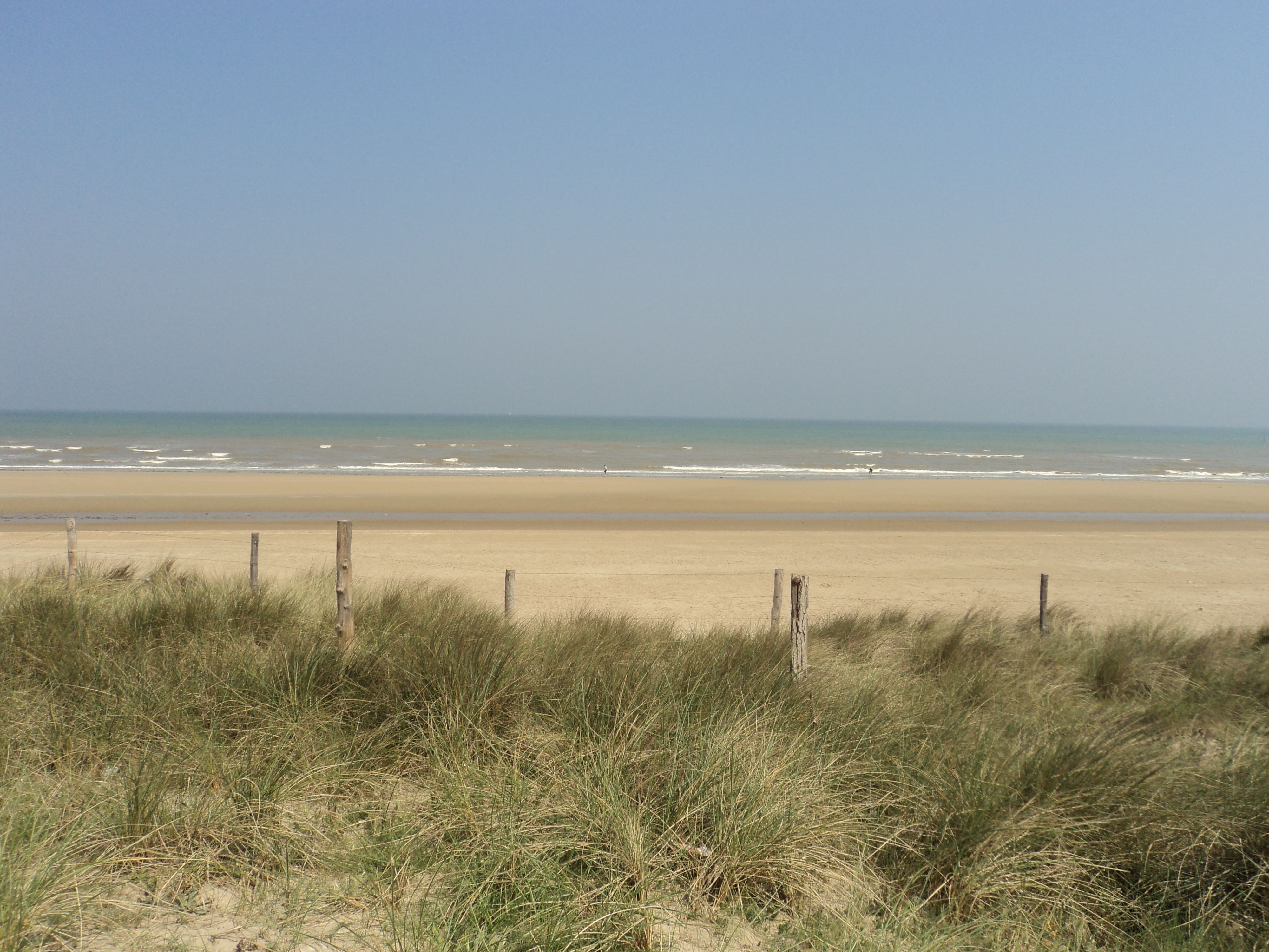 d-day beaches cemetery