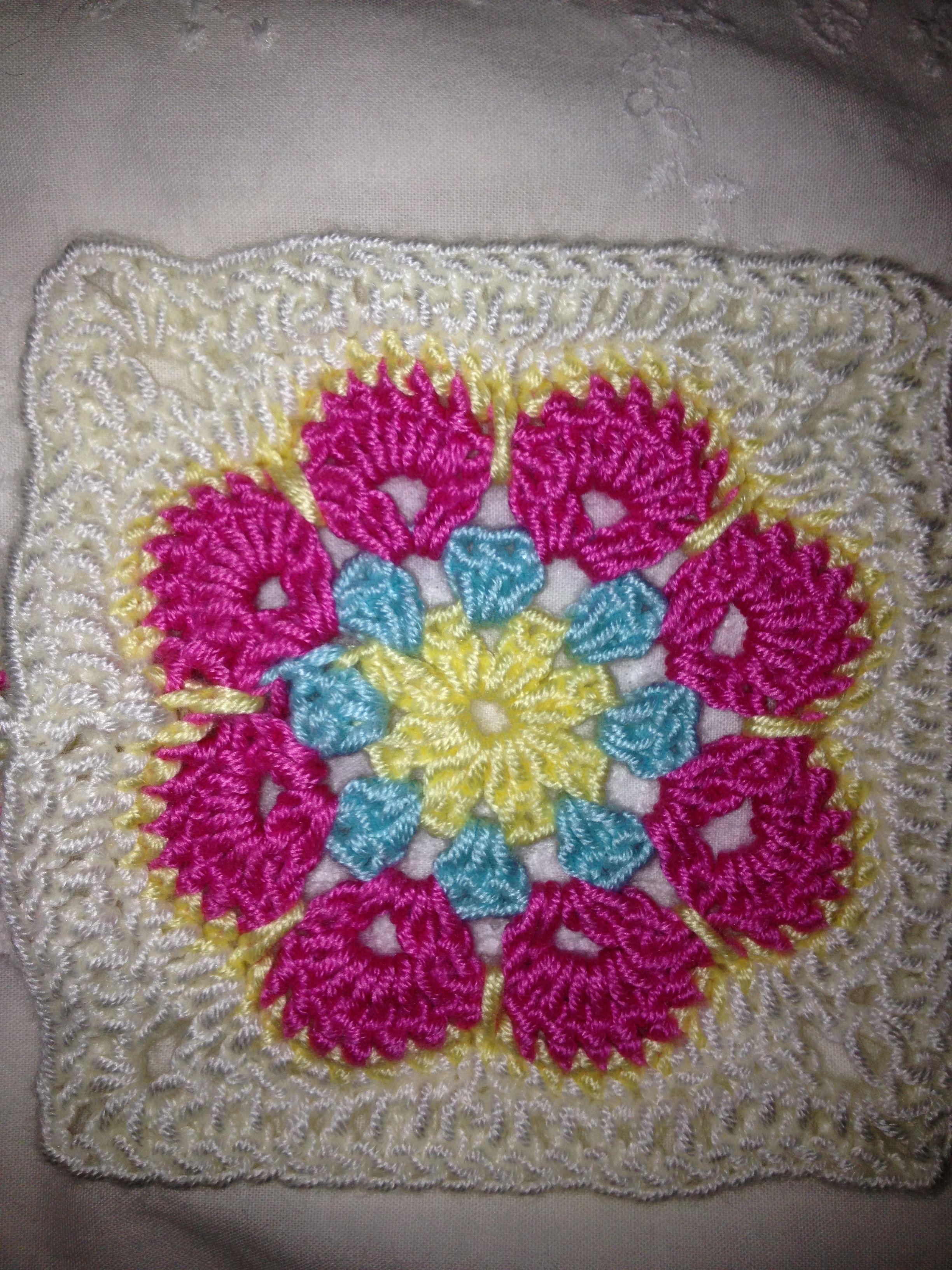 African Flower Crochet Pattern Half : African flower pattern Crochet Pinterest