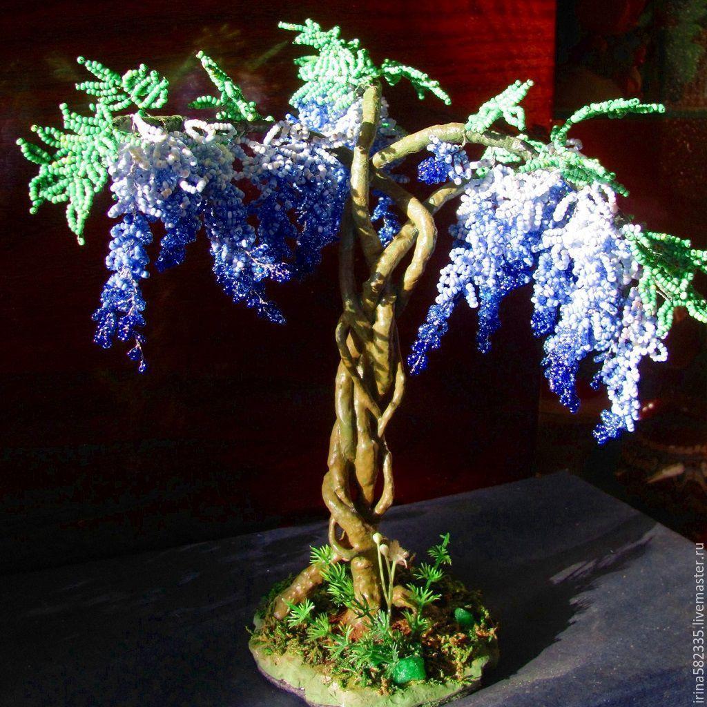 Деревья из голубого бисера фото