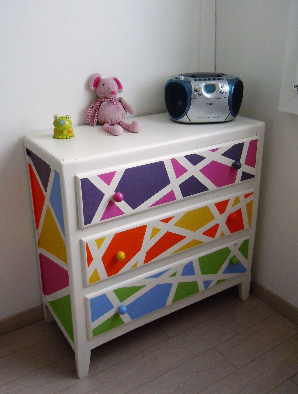 Comment repeindre une commode en bois - Comment repeindre un meuble ikea ...