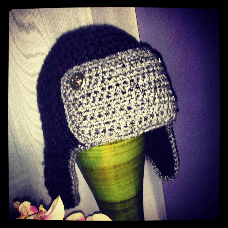 Nautilus Beret Knitting Pattern : Earflap Hat for Adult Men! Crochet Ideas Pinterest