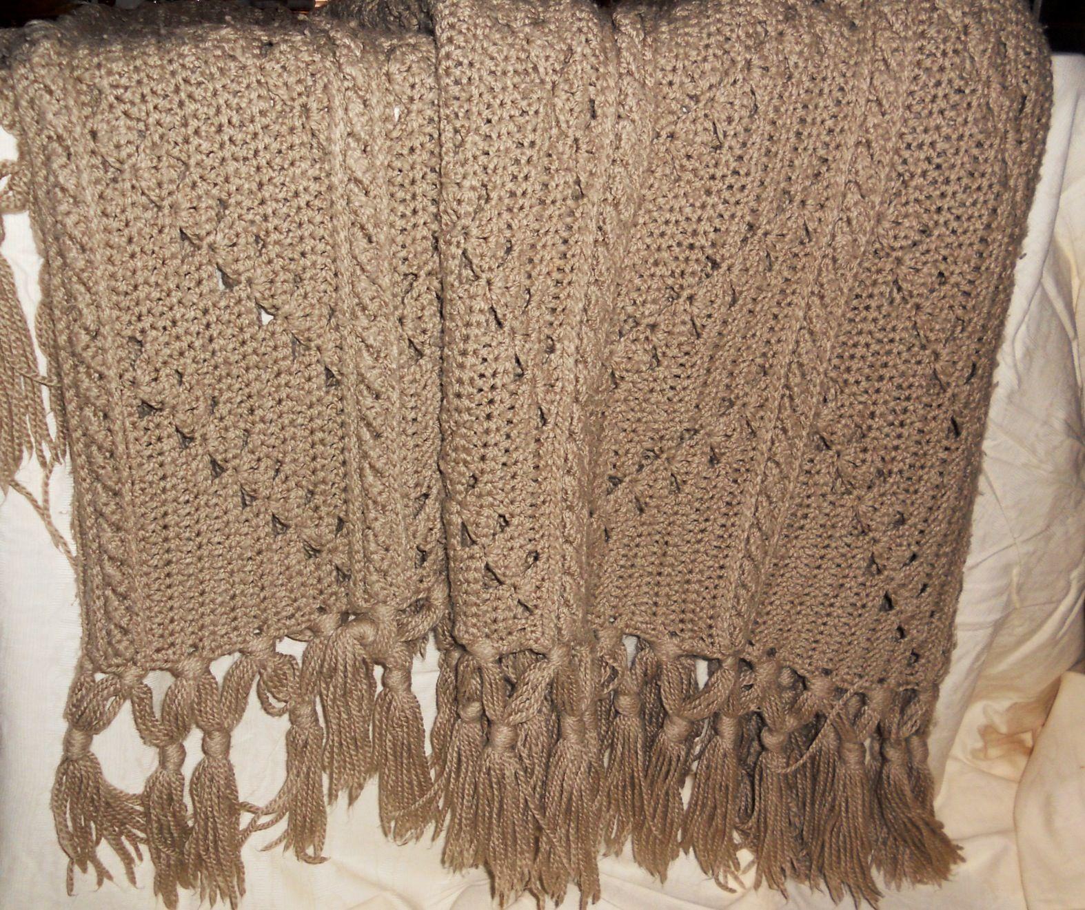 Bulky Knit Afghan Patterns : Crochet afghan in bulky yarn crochet: my first love Pinterest