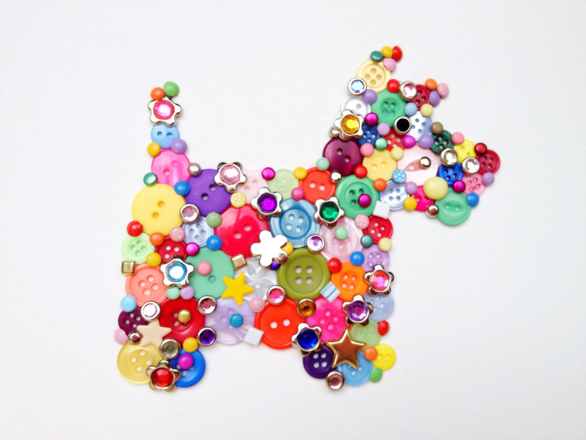 Scottie dog button art button craft pinterest for Button crafts for adults