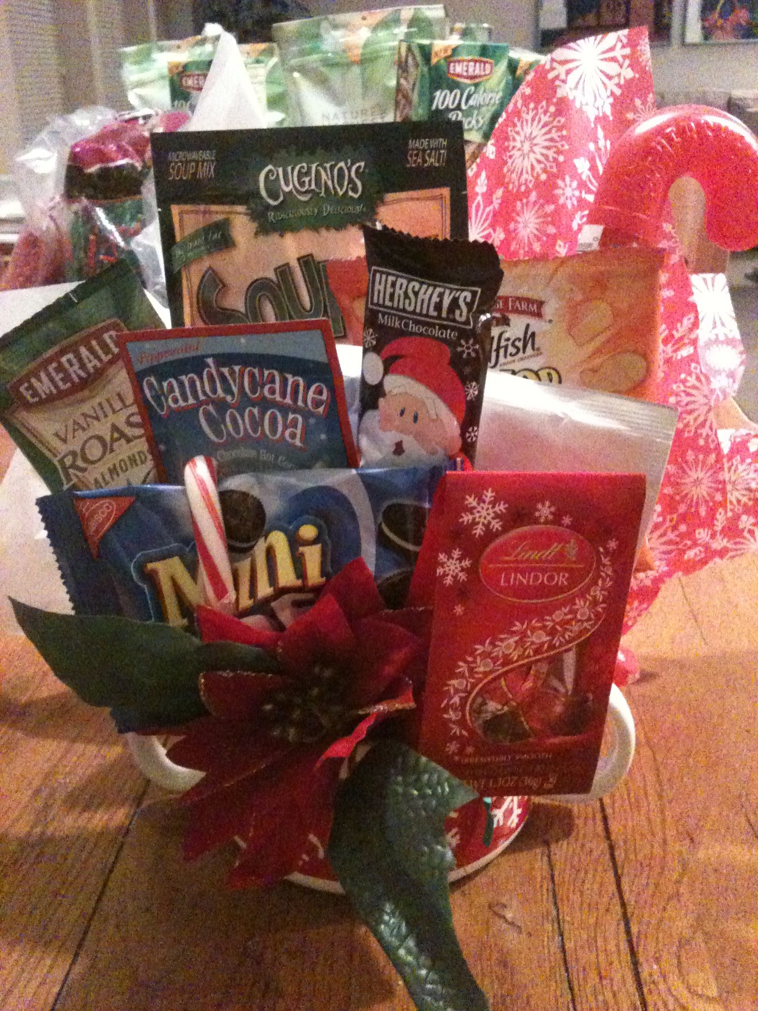 Christmas gift basket diy candy cookies cupcakes bouquet ideas p