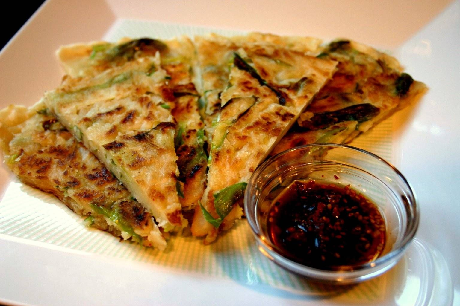 Pajeon(Korean pancakes) | Kiss the chef | Pinterest