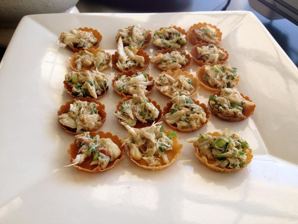 Crab Salad in Crisp Wonton Cups | Rockin' Good Food by Little Ol' Me ...